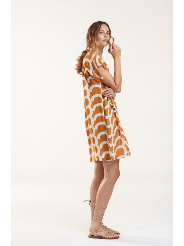 Julia June Kleed wit orange print